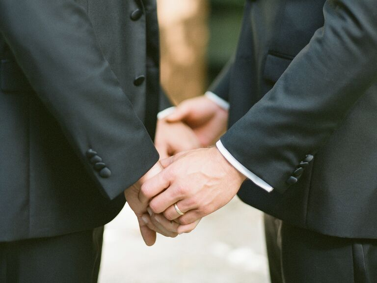 how to become a marriage officiant