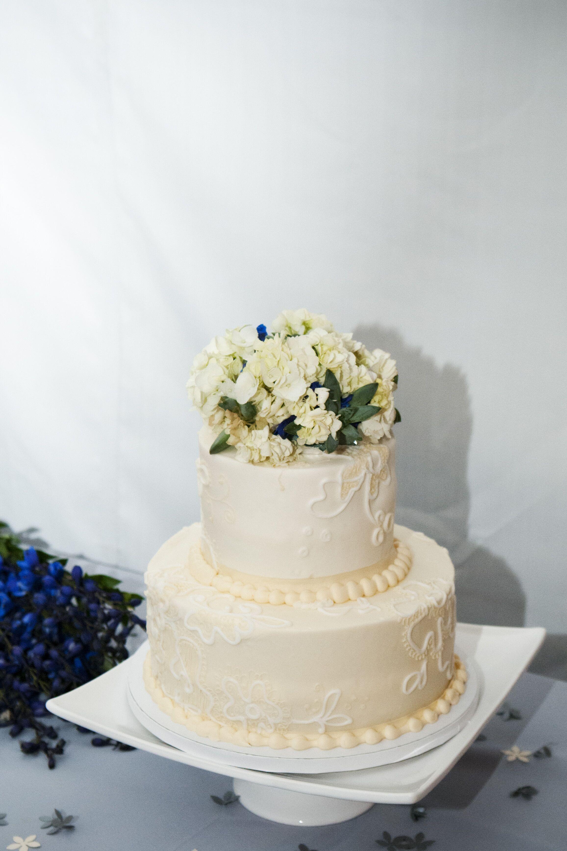 Ivory Buttercream Wedding Cake Hydrangea Topper