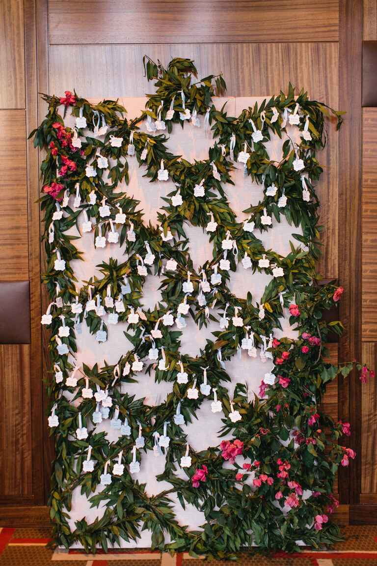 Olive branch escort card display