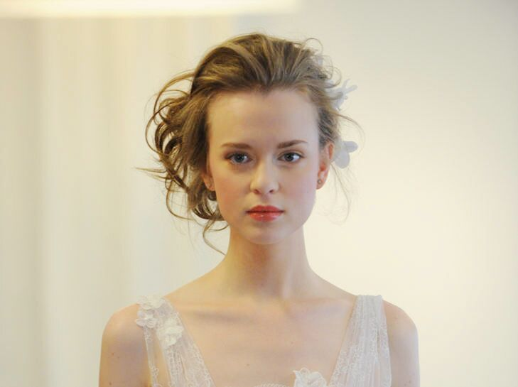 Prettiest Wedding Updos Straight from the Runways