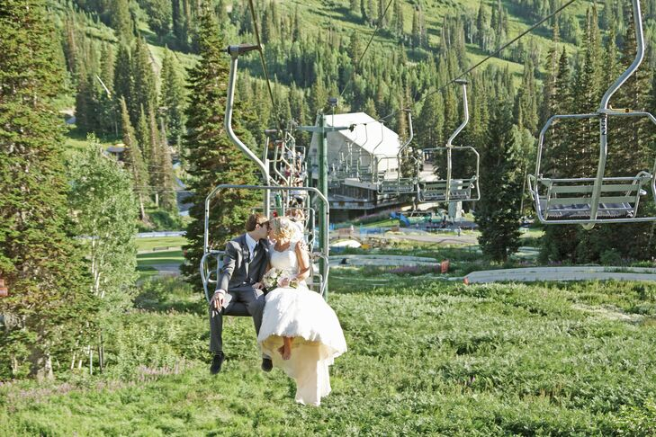 Miranda and Eric grew up hiking and snowboarding in the mountains, so a wedding at a ski resort made sense. Their wedding took place outdoors in September on a beautiful sunny day in Snowbird, Utah.