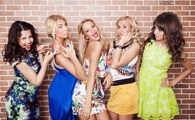 Bachelorette party comedy shows around the country | Shutterstock | blog.TheKnot.com