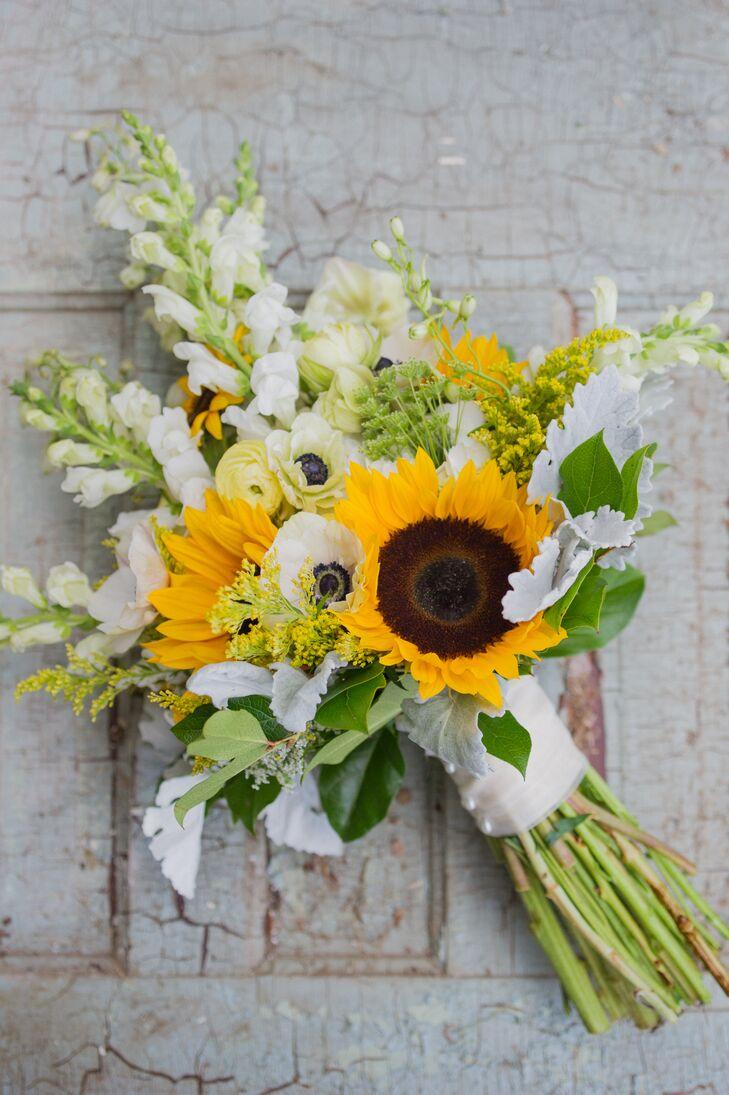 Bright sunflower and anemone bridal bouquet izmirmasajfo