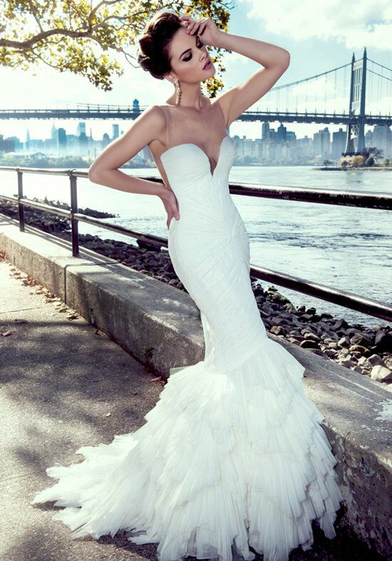Stephen Yearick KSY77 Wedding Dress photo