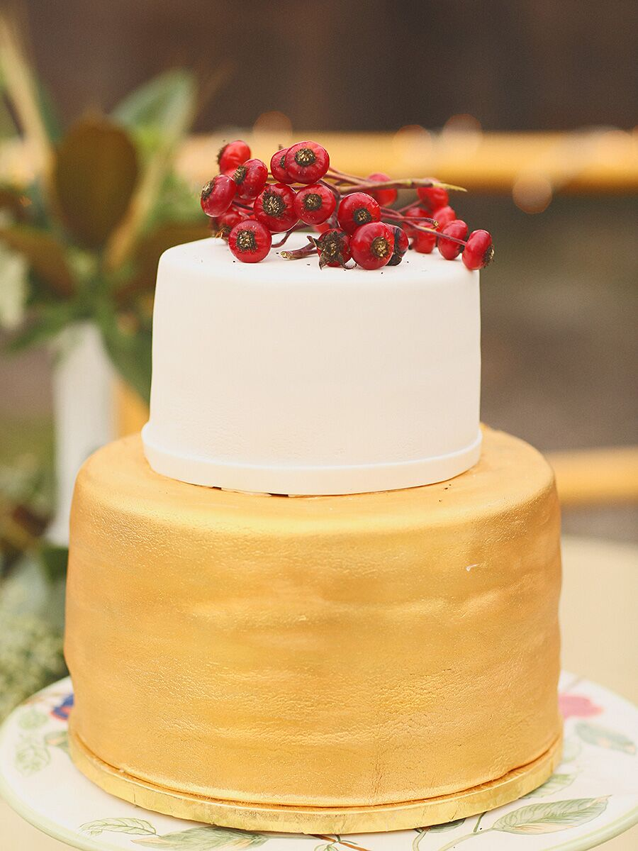 Creative Winter Wedding Cake Ideas