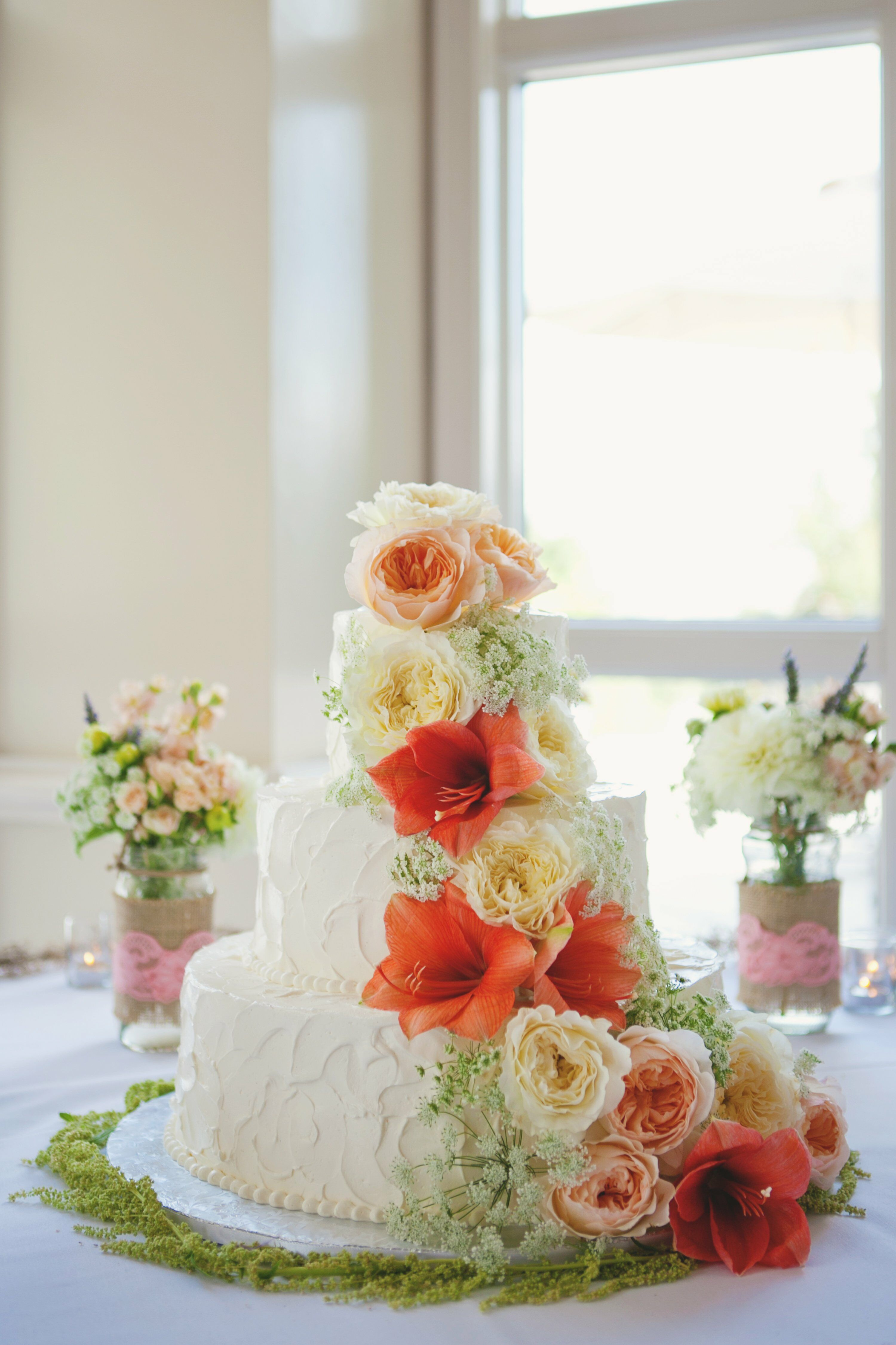 Elegant Buttercream Wedding Cake