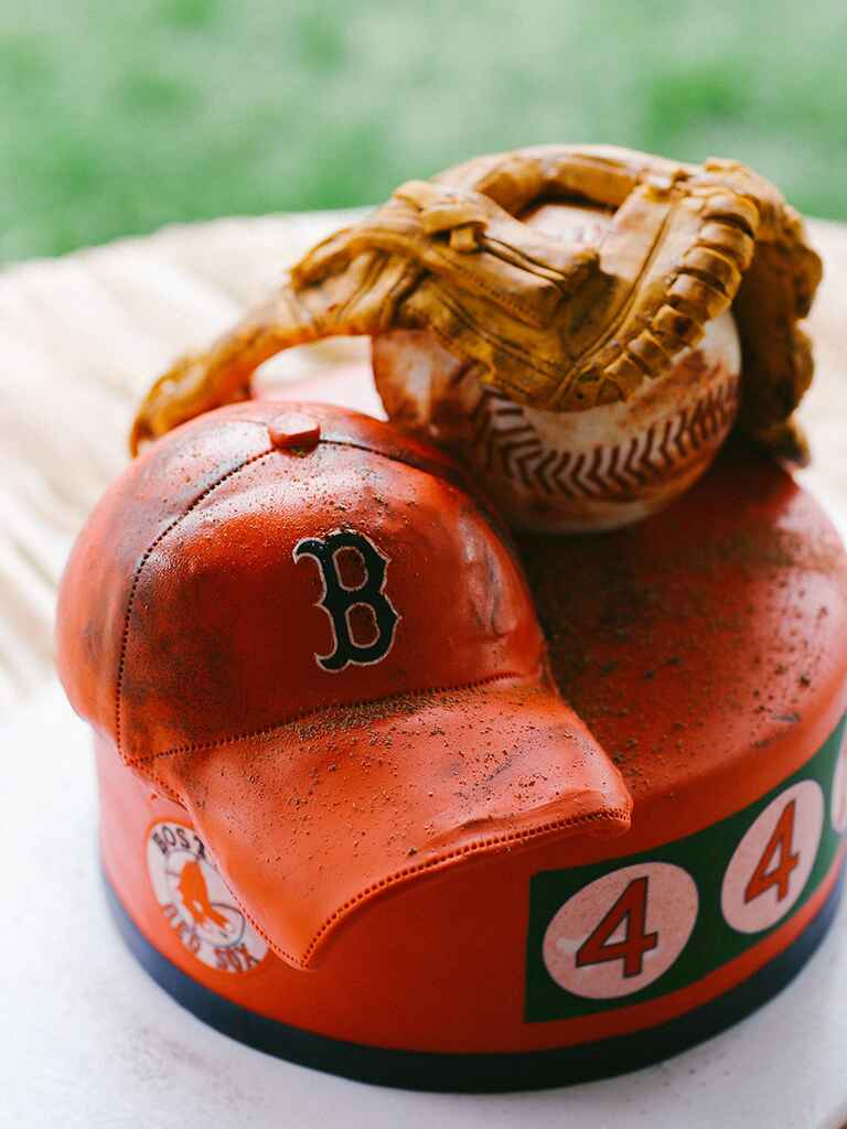 A Red Sox–themed groom's cake