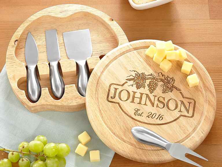 Personal Creations Vineyard cheese board personalized wedding gift