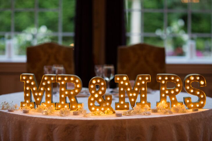 gold mr mrs marquee lights