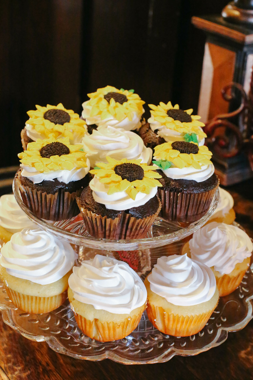 Sugar Sunflower Cupcakes Display
