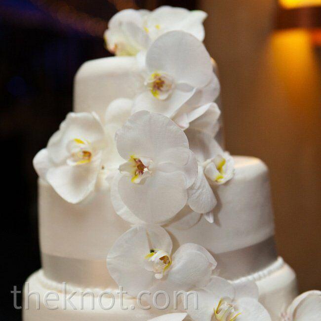Wedding Cakes Wedding Cake Fresh: White Orchid Wedding Cake