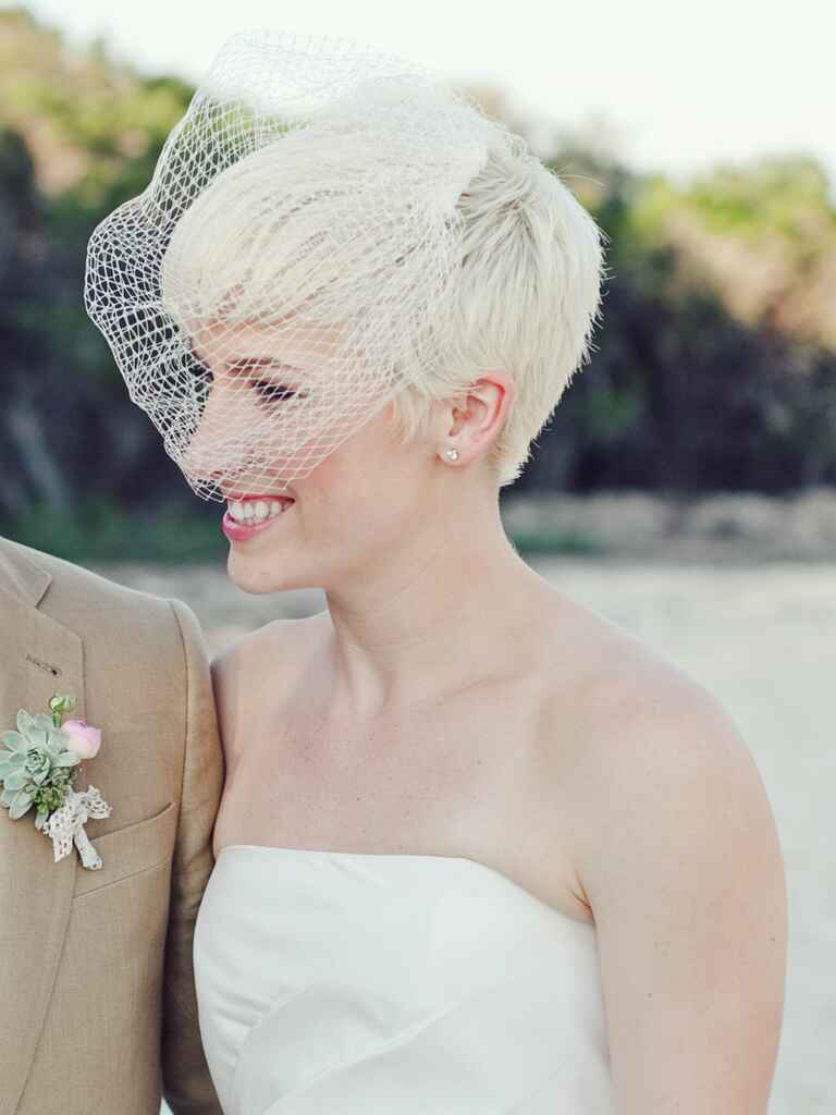 Fashion And Stylish Dresses Blog: Bridal Veils For Short Hair |Very Short Hair For Wedding Headpieces