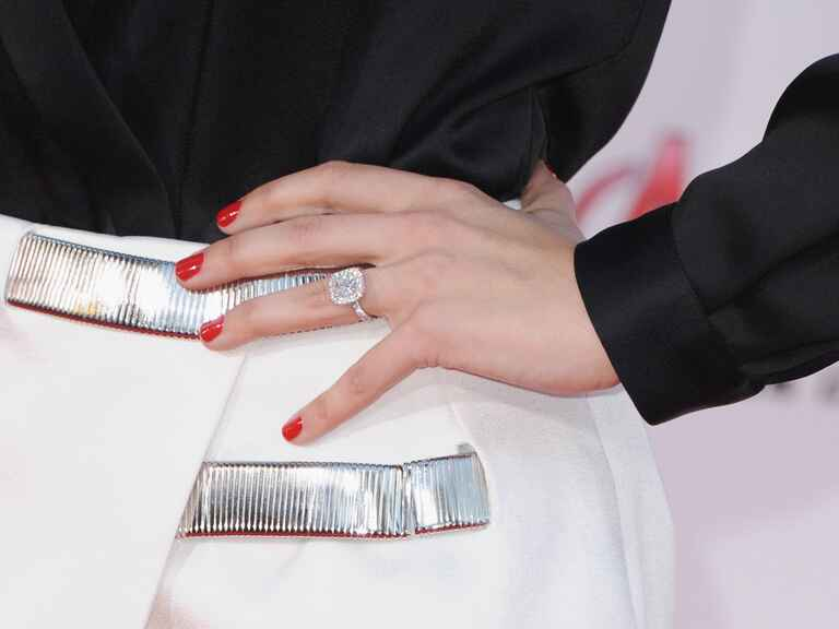 Jaimie Alexander's engagement ring from Peter Facinelli