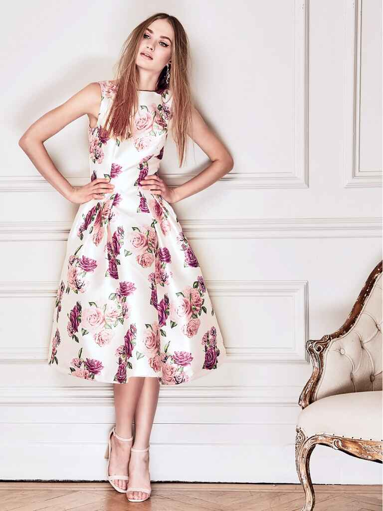 What to wear to a spring wedding 46 spring wedding guest for Wedding guest dresses for cold weather