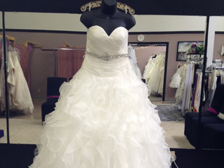 Wedding Dresses in Salem