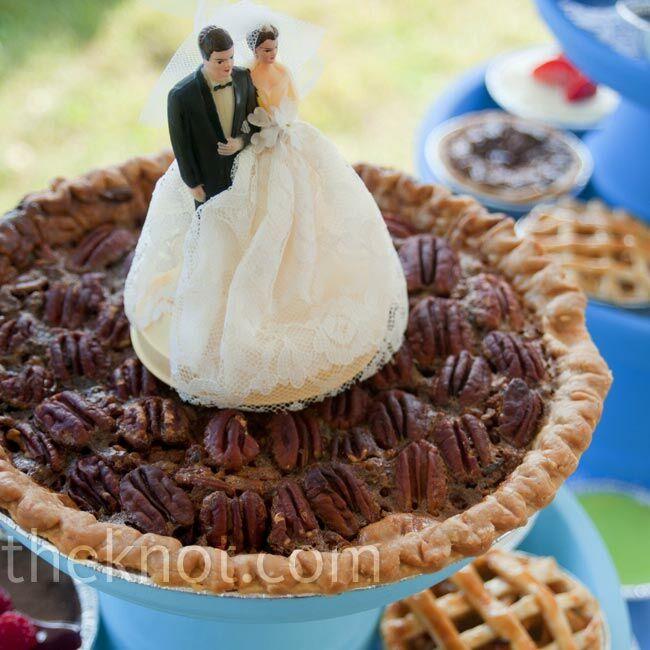 A Vintage Casual Wedding In Ann Arbor, MI