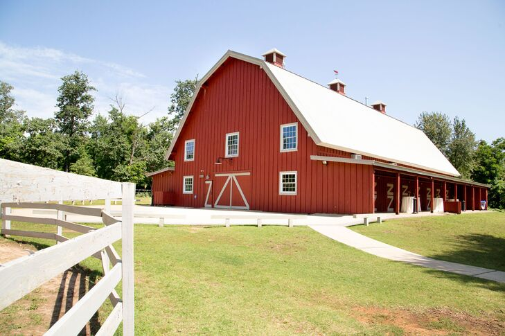 A Rustic Wedding at Pratt Place Barn and Inn in ...