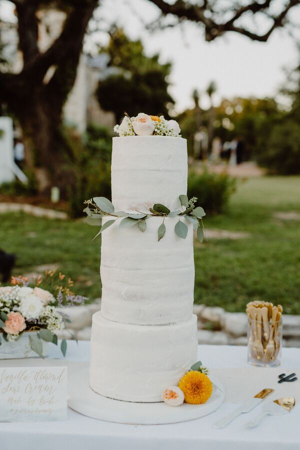 Tall, Rustic, White Wedding Cake With Fresh Roses