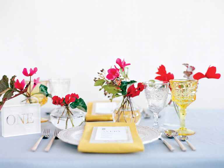 Casa de Perrin yellow, blue and red tablescape