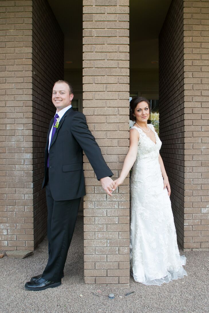 A Simple Laid Back Wedding At Lonestar Room In Stockyard Station Fort Worth Texas