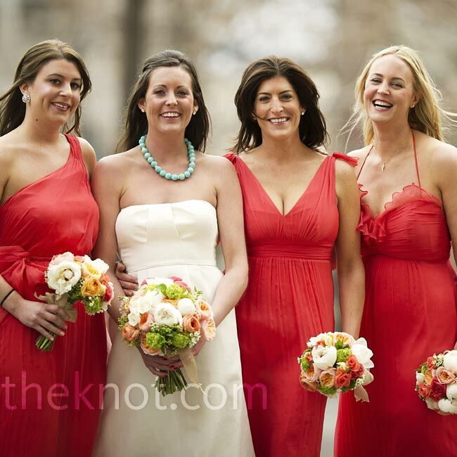 a896311c10 Instead of wearing identical dresses