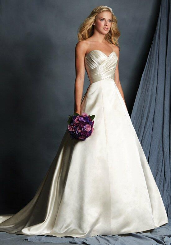 Alfred Angelo Signature 2511 Wedding Dress photo