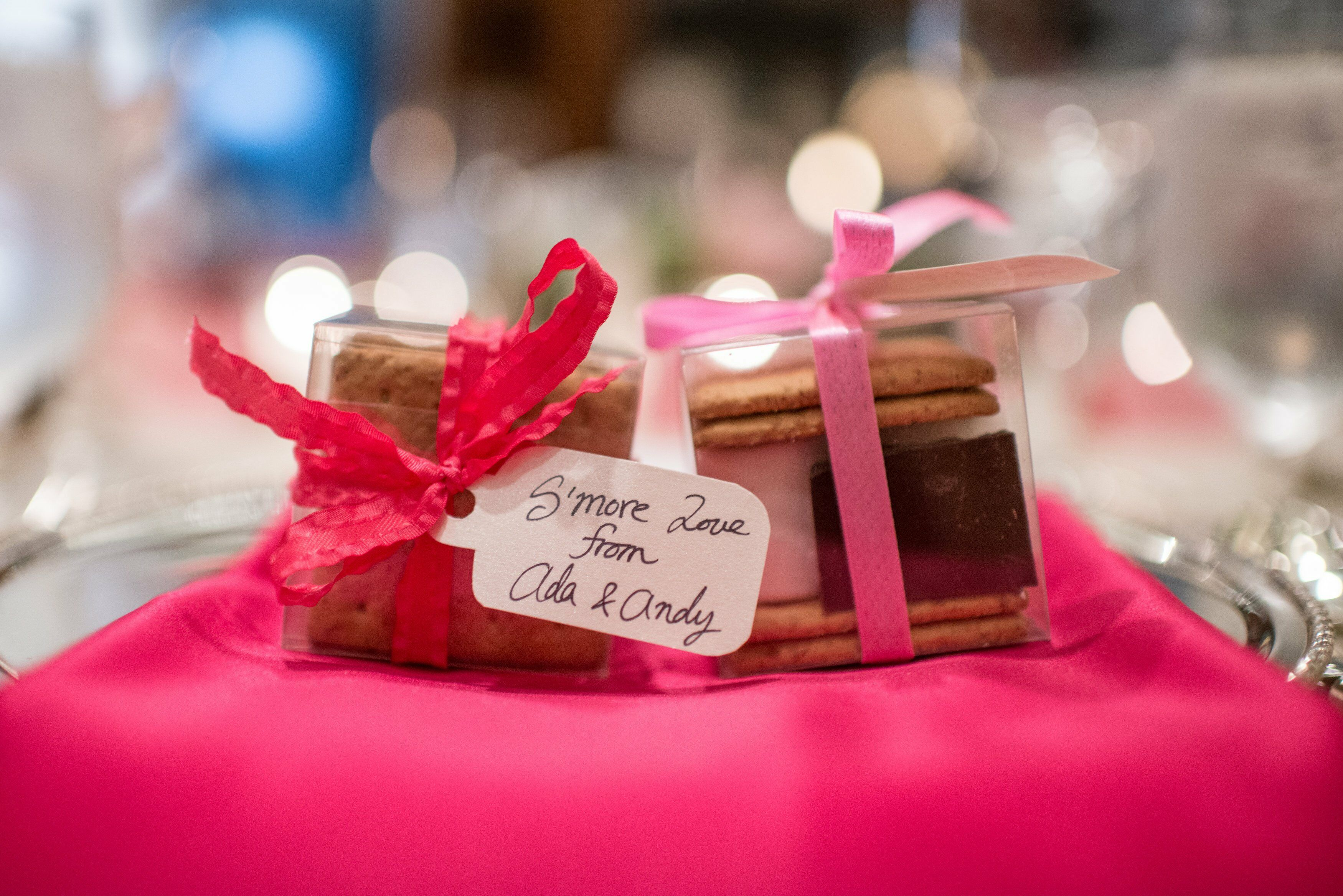 S\'More Wedding Favors