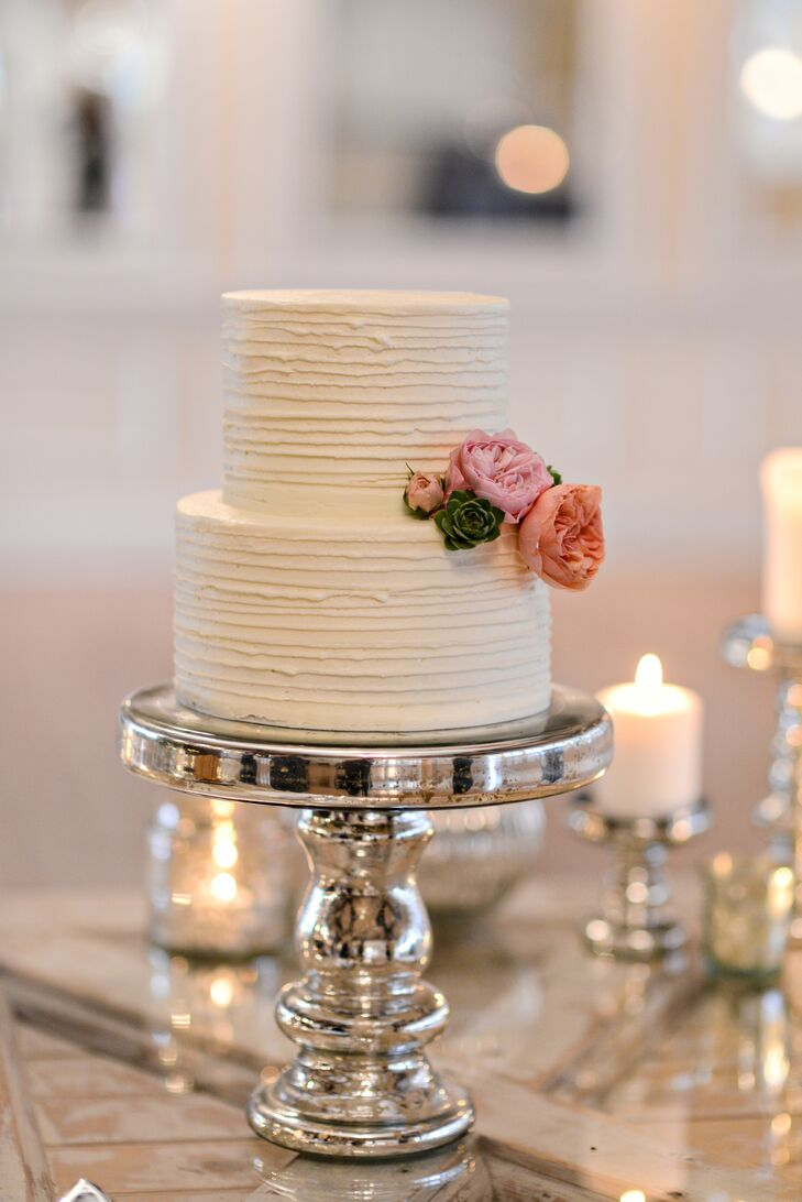 how to make a two tiered wedding cake two tier wedding cake with mercury glass cake stand 15877