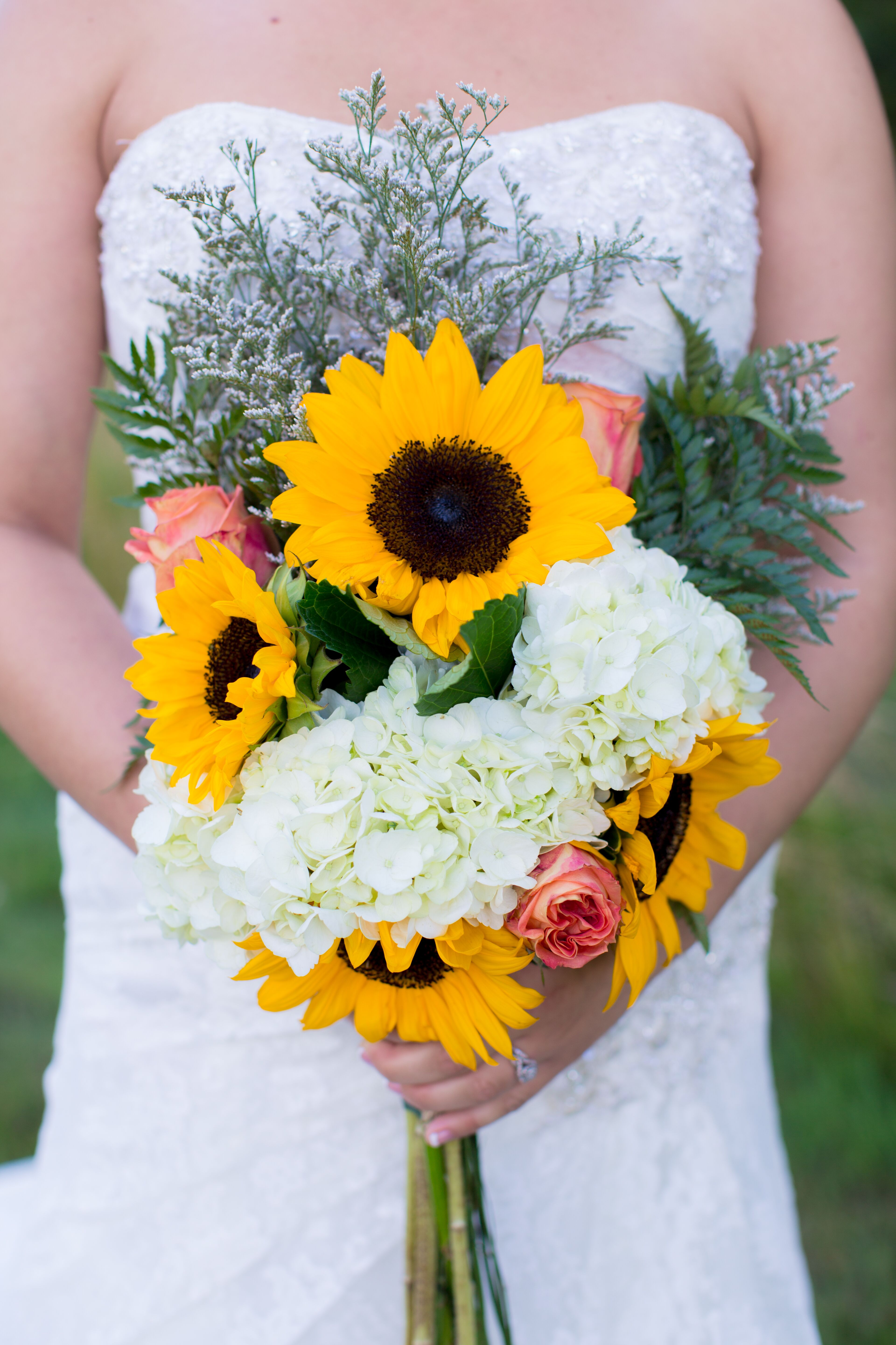 Sunflower And Pink Rose Bouquet Sunflower, Hydr...
