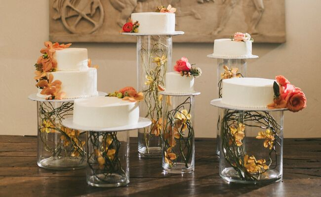 Wedding Cake Table.13 Tips For A Tempting Cake Table