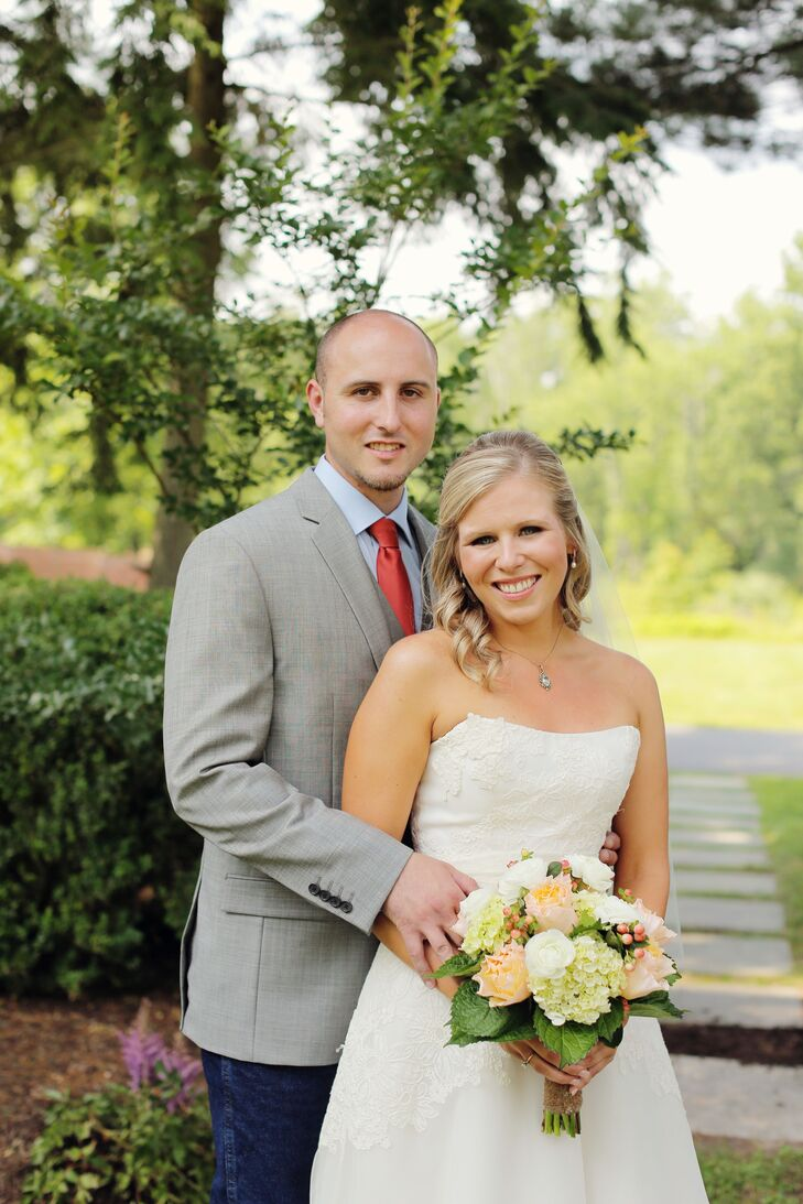 Kathleen Holderied (25 and a teacher) and Kenny Holderied (26 and a sales manager) brought country chic to New Jersey for their wedding. Rustic elemen