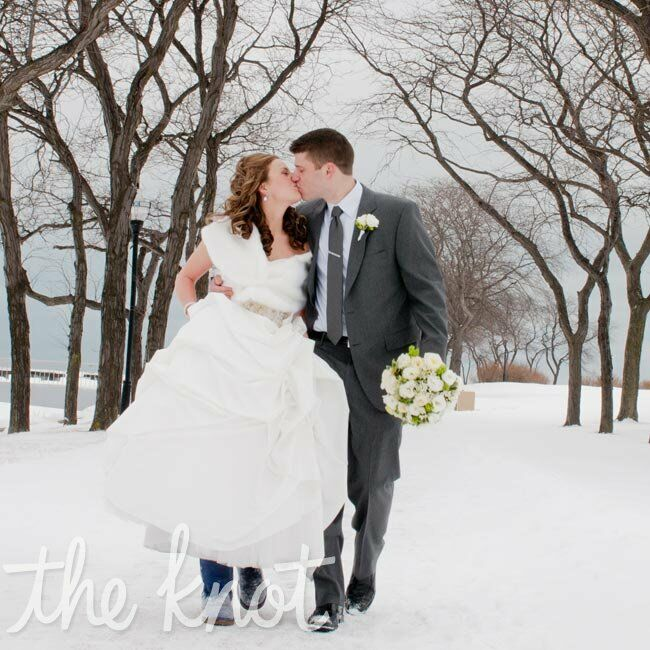 Winter Weddings: A Casual Winter Wedding In Chicago, IL