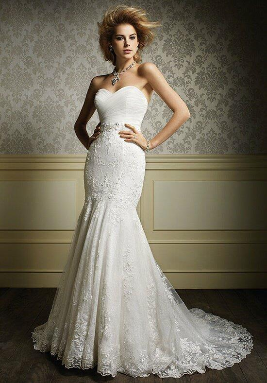 Alfred Angelo Sapphire 887 Wedding Dress photo
