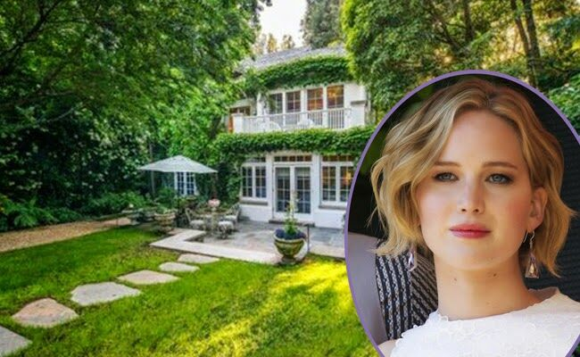 Jennifer Lawrences New Home Is Jessica Simpsons Old -6694