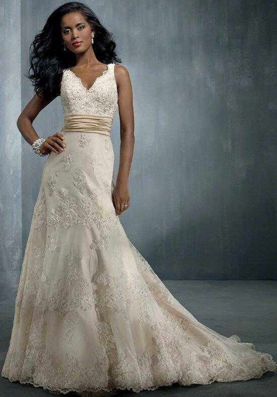 Alfred Angelo Signature 2251 Wedding Dress photo
