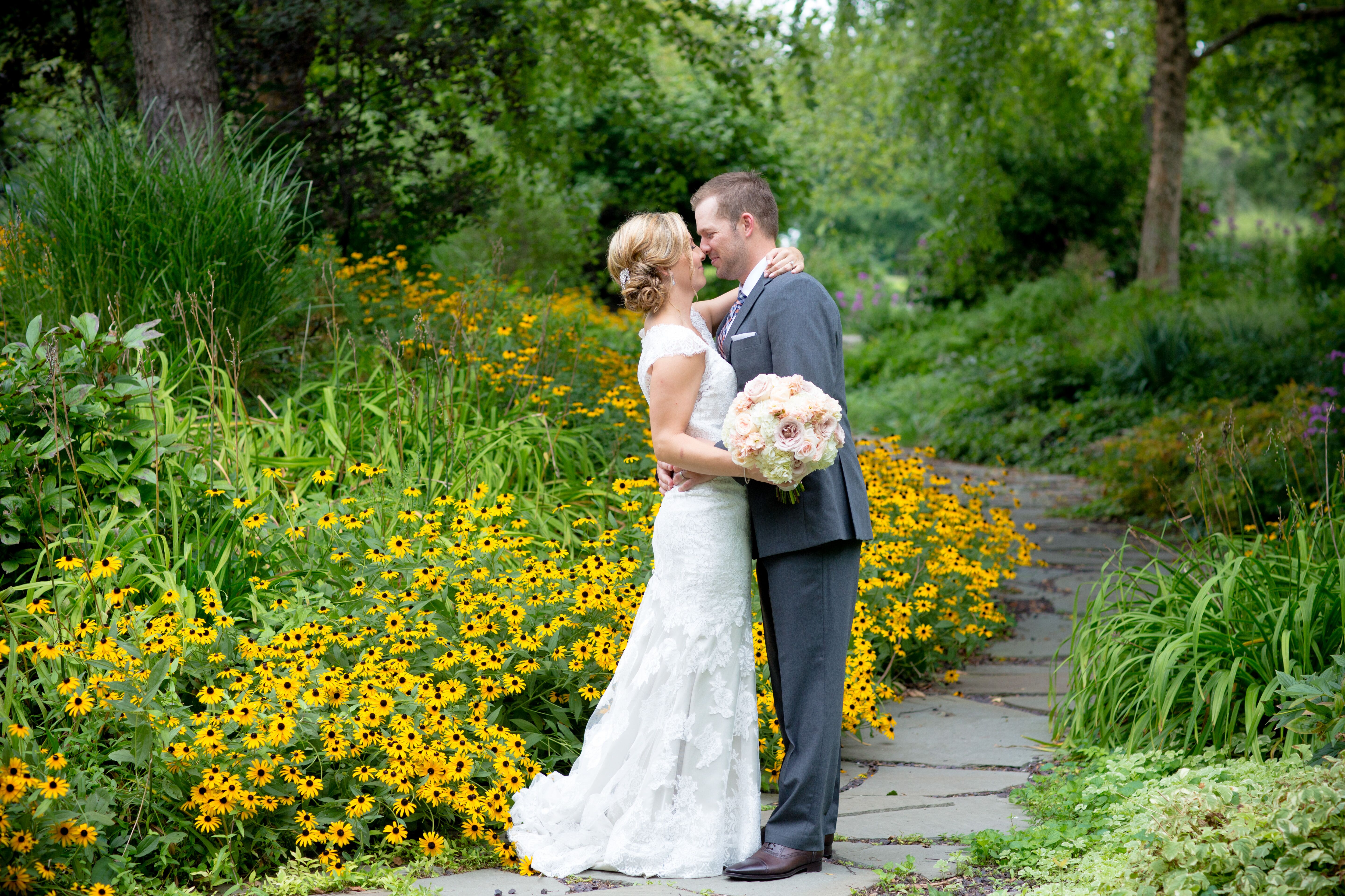 A romantic modern wedding at the hyatt regency at the for Wedding dress shops st louis mo