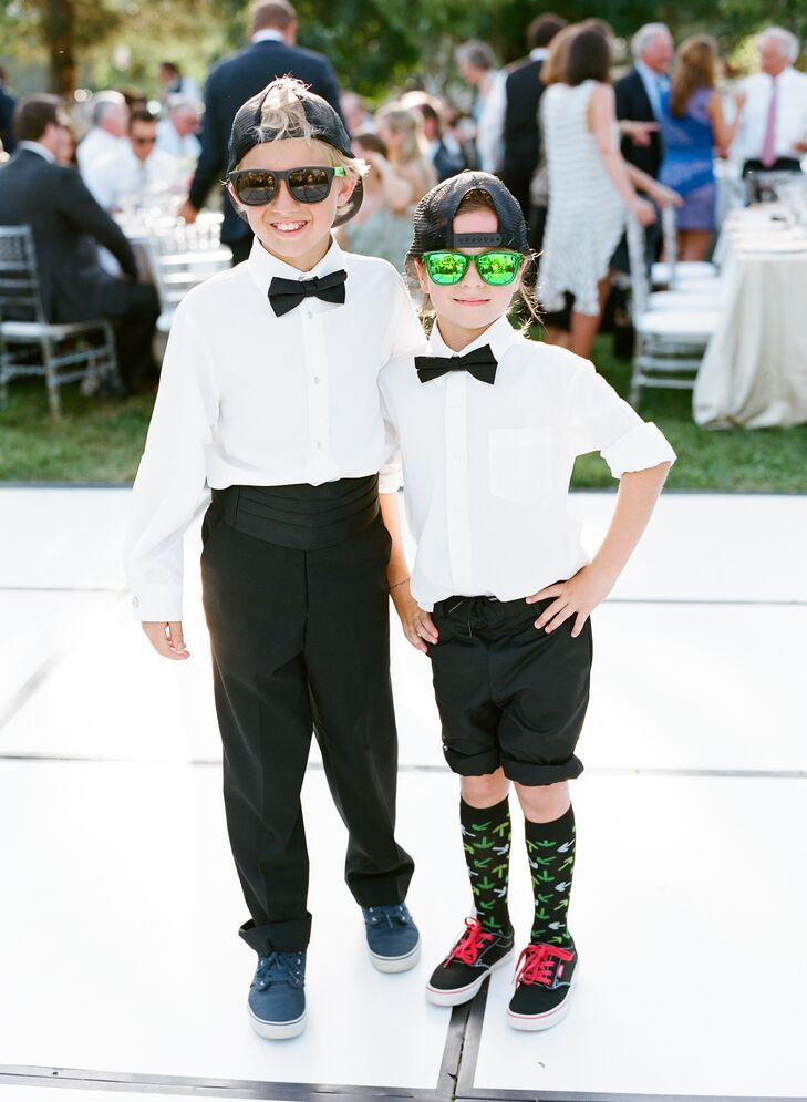The Voltage Brothers played hits from the Jackson 5, Stevie Wonder and Outkast, which kept guests on the dance floor. The ring bearers showed off their moves.