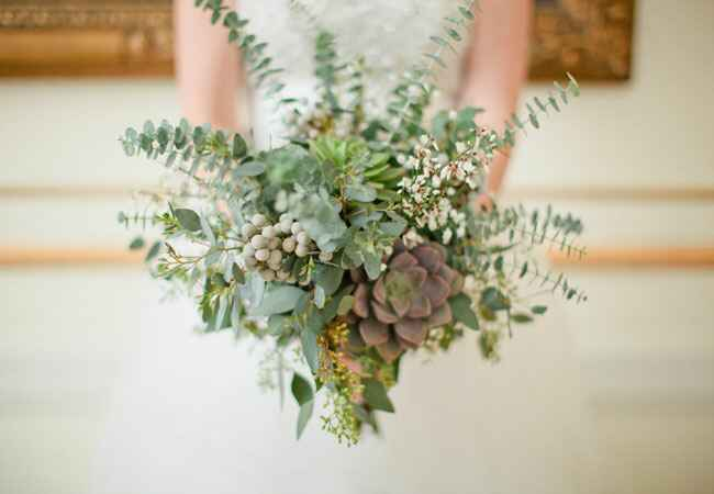 Alternative bridal bouquets |<img class=