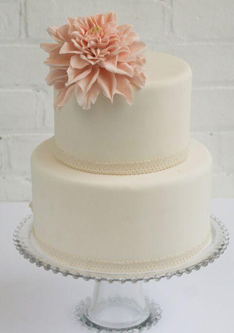 Small Dahlia Bridal Shower Cake