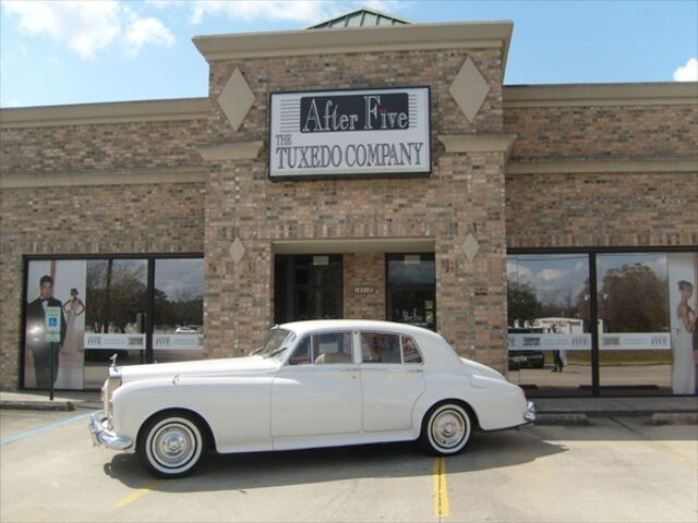 After five the tuxedo company baton rouge la for Wedding dress rental baton rouge