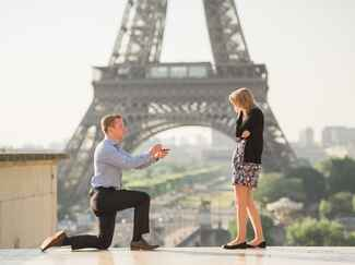 Eiffel Tower marriage proposal