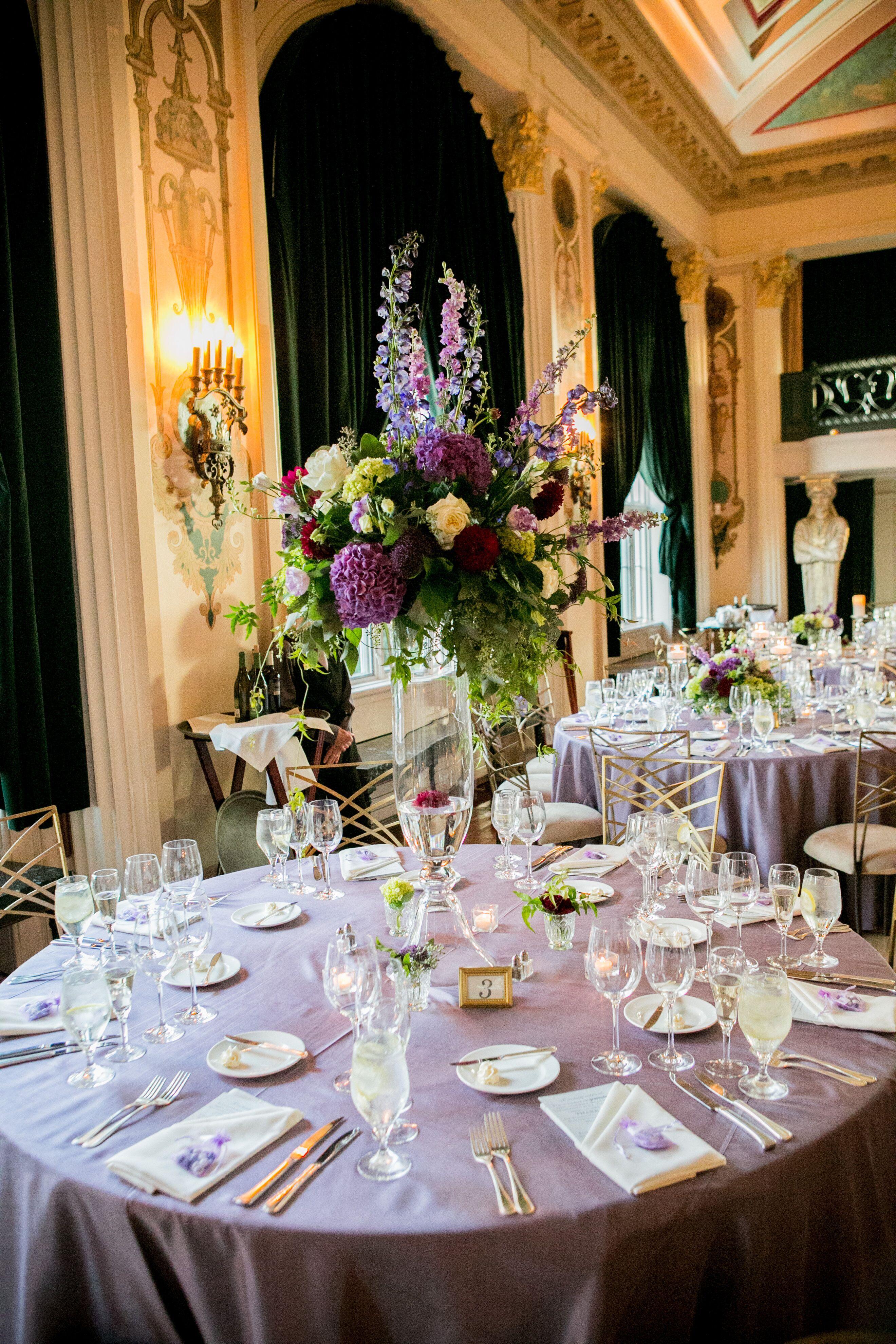 39 Gorgeous Tall Wedding Centerpieces | Green wedding ... |Tall Green Centerpiece