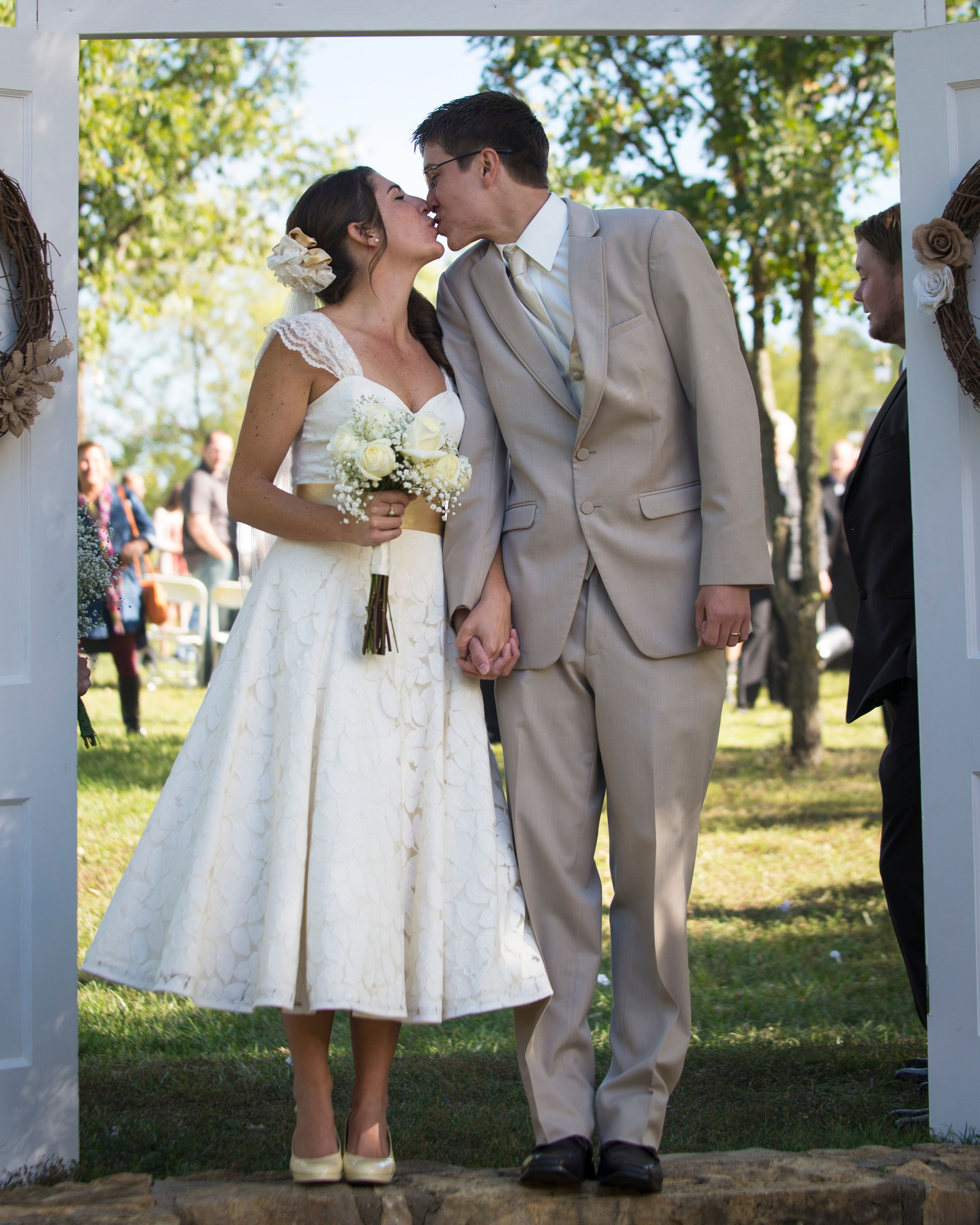 Simple Casual Wedding Ideas: A Simple, Casual Wedding At Pomona State Park In Vassar