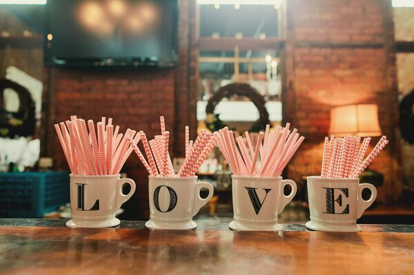 Love Mug Reception Decor