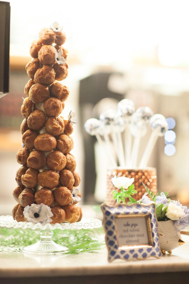Ever since Lauren tasted croquembouche at the first wedding she ever attended, she knew she would have it at her own event.