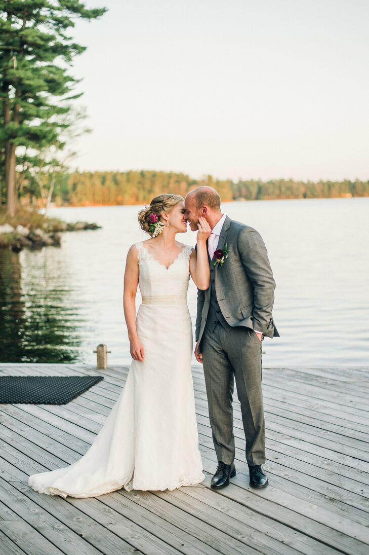 A Vibrant, Library-Themed Wedding at Migis Lodge in South Casco, Maine
