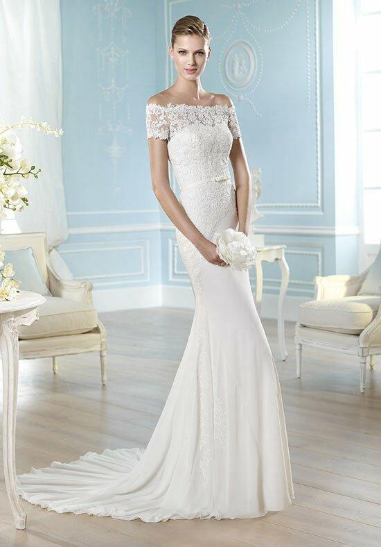 ST. PATRICK Fashion Collection - Hadasse Wedding Dress photo