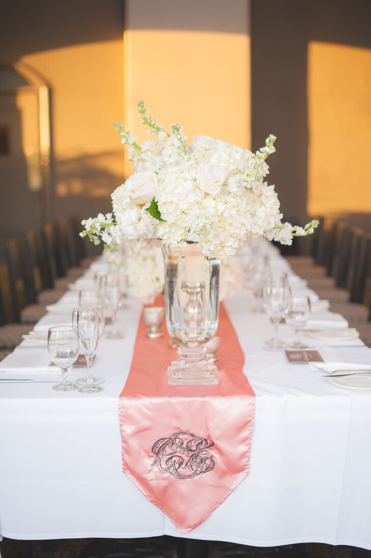 Elegant Ivory And Blush Table Decor