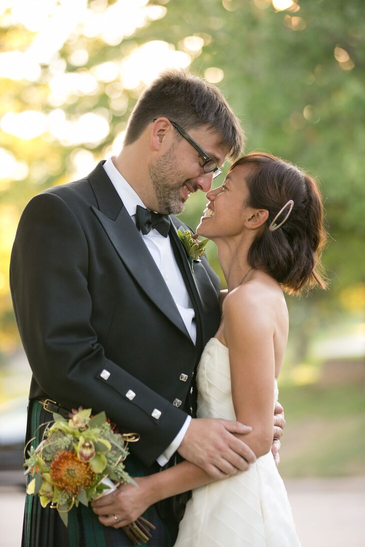 An intimate rustic chic wedding at a private home in springfield an intimate rustic chic wedding at a private home in springfield missouri ombrellifo Image collections
