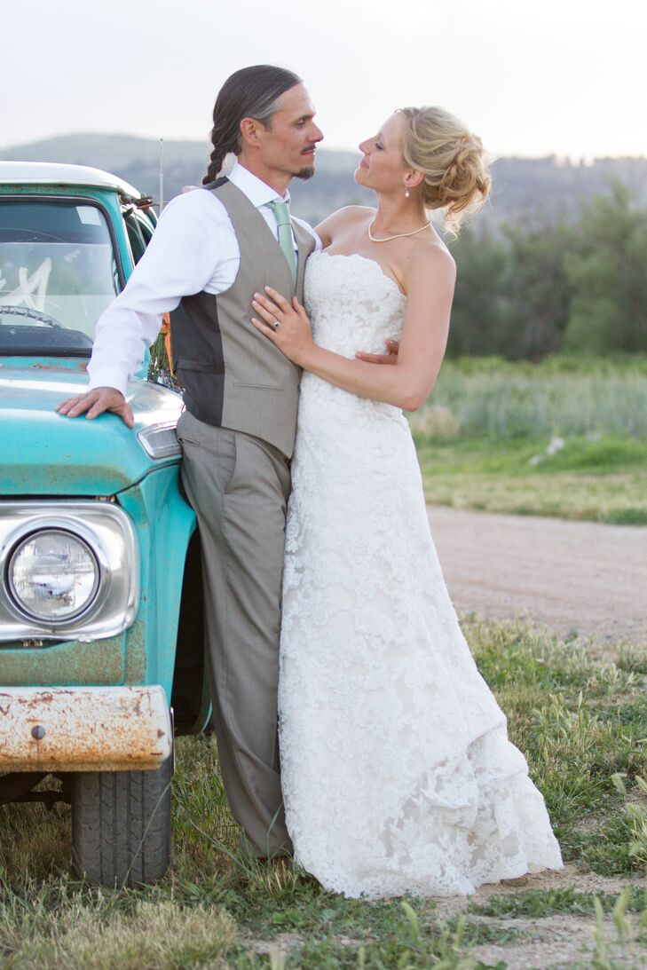 A Farm Inspired Wedding At Pachamama Wellness In Longmont Colorado